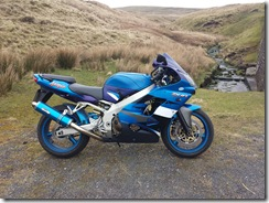ZX-9R on Waddington Fell